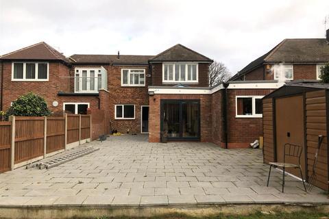 4 bedroom semi-detached house to rent - Woodlands Park, Bexley