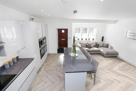 2 bedroom terraced house to rent - Newton Park Place, Chislehurst