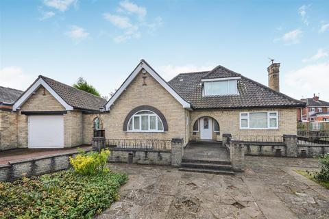 3 bedroom bungalow for sale - Clive Avenue, Lincoln