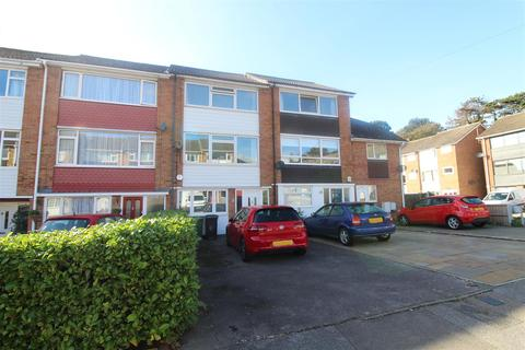 3 bedroom townhouse for sale - Sycamore Drive, Brentwood