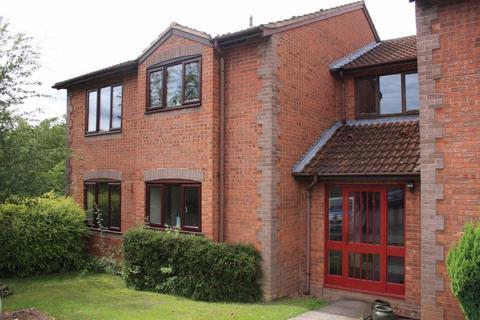 1 bedroom flat to rent - Kingsland Road, Stone, Staffordshire, ST15 8FB