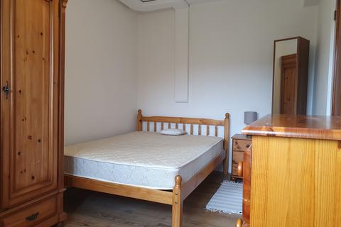 1 bedroom in a house share to rent - Argosy House, Windlass Place, London, SE8