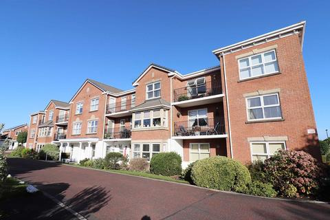 2 bedroom apartment for sale - Palmetto View, Poachers Trail, Cypress Point, Lytham St. Annes