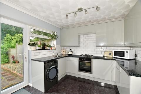 2 bedroom semi-detached house for sale - Burslem Road, Tunbridge Wells, Kent