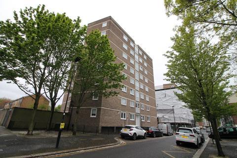 1 bedroom flat for sale - Glenister Street, Canning Town, E16
