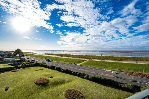 3 bedroom flat for sale - Marine Drive, Lytham St. Annes