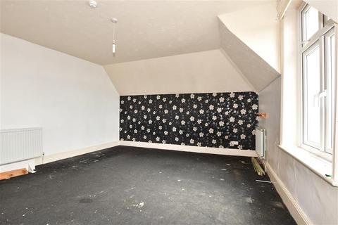 3 bedroom flat for sale - High Street, Ventnor, Isle of Wight