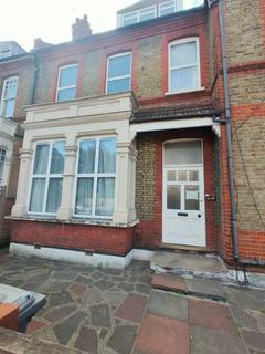 1 bedroom flat to rent - E Rokesly Avenue, London