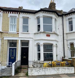 4 bedroom terraced house for sale - 63 Leathwaite Road, Clapham, London, SW11 6RL