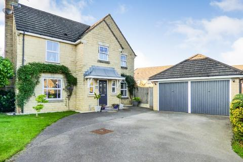 4 bedroom detached house for sale - Monterey Drive, Sandy Lane, Bradford