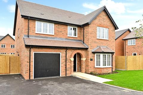 4 bedroom detached house for sale - Hayley Road, Lancing, West Sussex, BN15