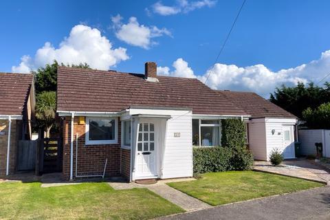 2 bedroom semi-detached bungalow for sale - Felpham, Bognor Regis