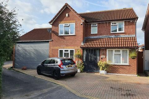 3 bedroom detached house for sale - Honeysuckle Drive, Abbeymead, Gloucester