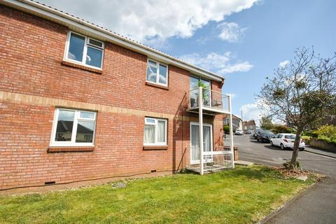 1 bedroom flat to rent - St. Aidans Close, Bristol