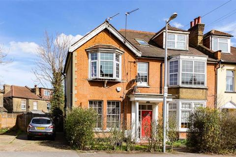 2 bedroom flat to rent - Wavertree Road, South Woodford