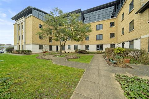 1 bedroom apartment for sale - Amelia Court, Union Place, Worthing, BN11 1AH