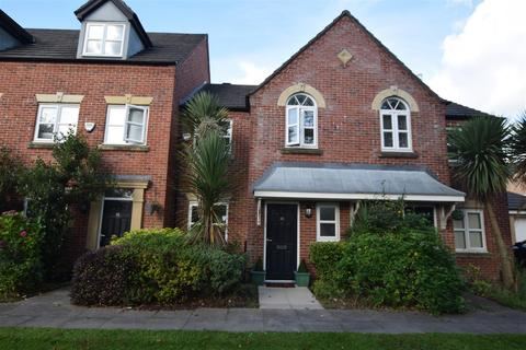 3 bedroom townhouse for sale - 36 Viscount Drive, Manchester