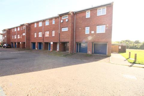 2 bedroom flat for sale - Abbotts Drive, Waltham Abbey