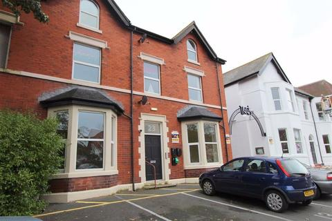 2 bedroom apartment to rent - Orchard Road, Lytham St Annes, Lancashire