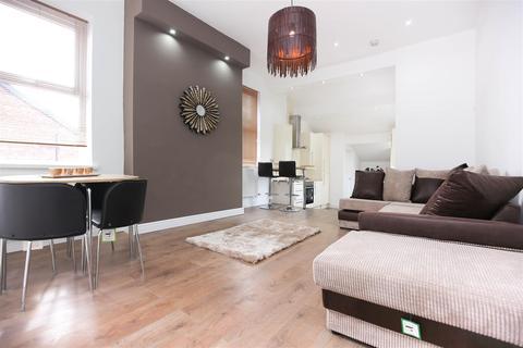 3 bedroom apartment to rent - Stratford Road, Heaton, NE6