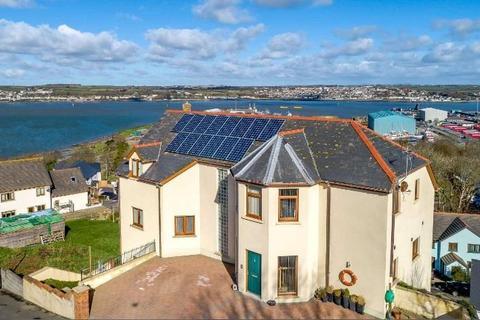 5 bedroom detached house for sale - St. Patricks Hill, Llanreath, Pembroke Dock