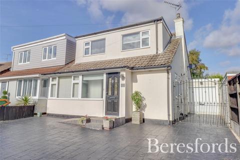 4 bedroom semi-detached house for sale - Victors Crescent, Hutton, CM13