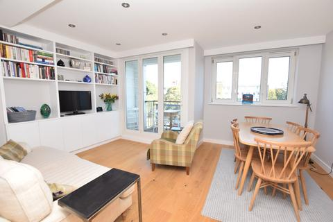 3 bedroom flat to rent - Cluny Estate London SE1