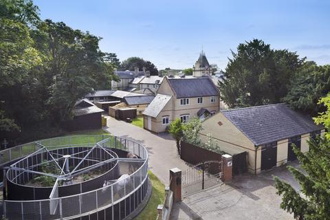 4 bedroom detached house for sale - Church Lane, Exning CB8