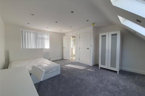 Studio to rent - Church Close, Uxbridge, Middlesex, UB8