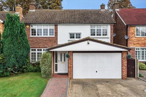 4 bedroom detached house to rent - Minsterley Avenue, Shepperton, TW17