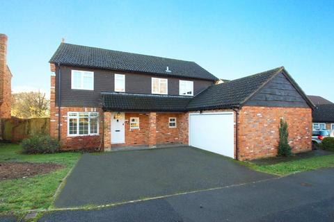 4 bedroom detached house to rent - The Brow, Chalfont St. Giles, Buckinghamshire, HP8
