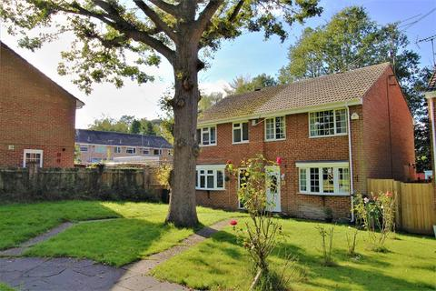 3 bedroom semi-detached house for sale - Heathfield, Crawley, West Sussex. RH10 3TT