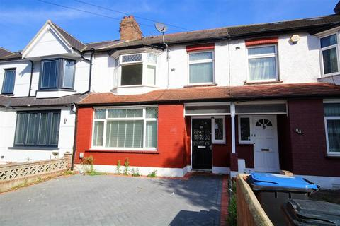 4 bedroom terraced house to rent - Empire Avenue, London