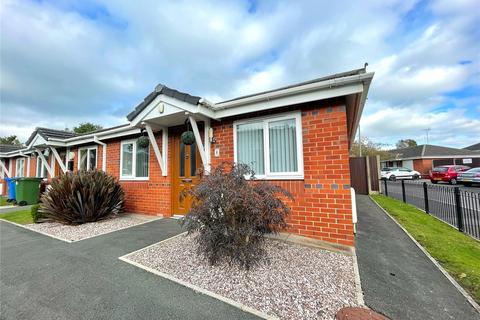 2 bedroom bungalow for sale - Joseph Street, Middleton, Manchester, M24