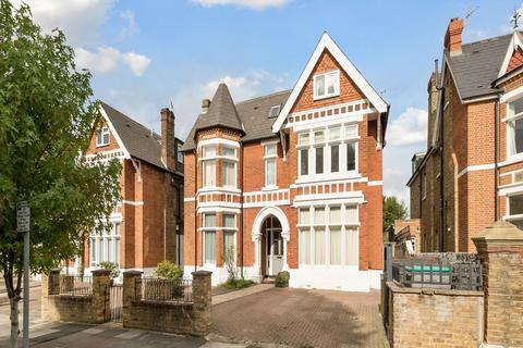 2 bedroom flat for sale - Hamilton Road, London, W5
