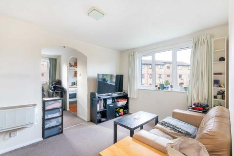 Studio to rent - Bridgemeadows, New Cross, SE14 5ST
