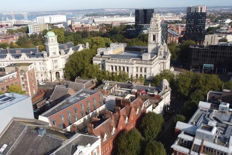 Studio to rent - Prudential Building, 16 Guildhall Walk, Portsmouth, PO1