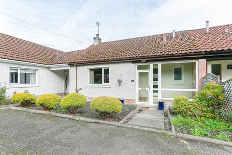 1 bedroom semi-detached bungalow to rent - Laurie Place, Forestmill, Alloa, FK10