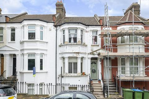 4 bedroom terraced house for sale - Ennis Road London SE18