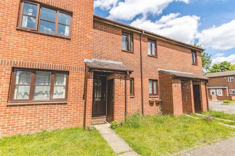 1 bedroom terraced house to rent - Newcourt, Uxbridge, Middlesex