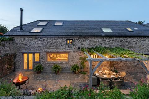 4 bedroom barn conversion for sale - Lower Norton Farm