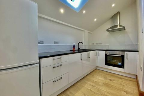 1 bedroom flat to rent - Lyndhurst Avenue, North Finchley London N12