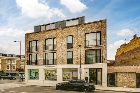 1 bedroom flat for sale - Lord Palmerston Court, Britannia Road, London