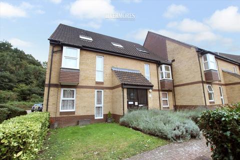 1 bedroom apartment for sale - Heatherbank Close, Crayford