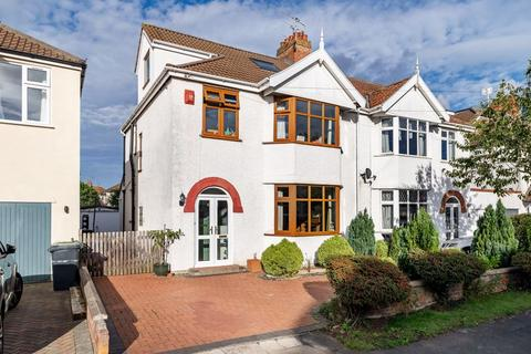 4 bedroom semi-detached house for sale - Newcombe Road, Westbury On Trym