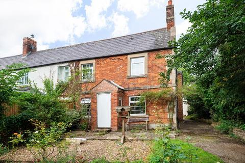 2 bedroom end of terrace house for sale - Sells Green, Seend, Melksham, SN12