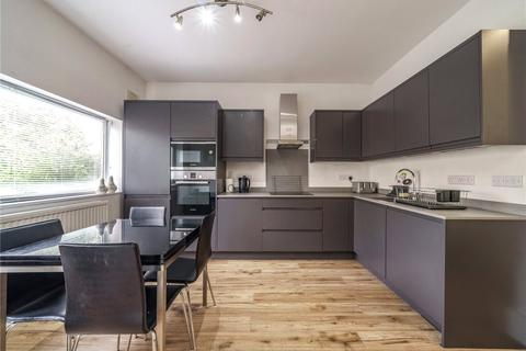3 bedroom apartment for sale - Barry Road, East Dulwich, London, SE22