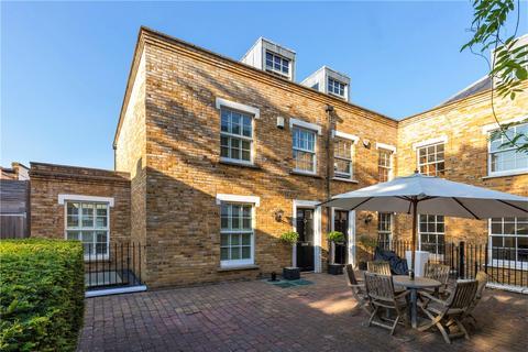4 bedroom semi-detached house for sale - Sadlers Gate Mews, Commondale, London, SW15