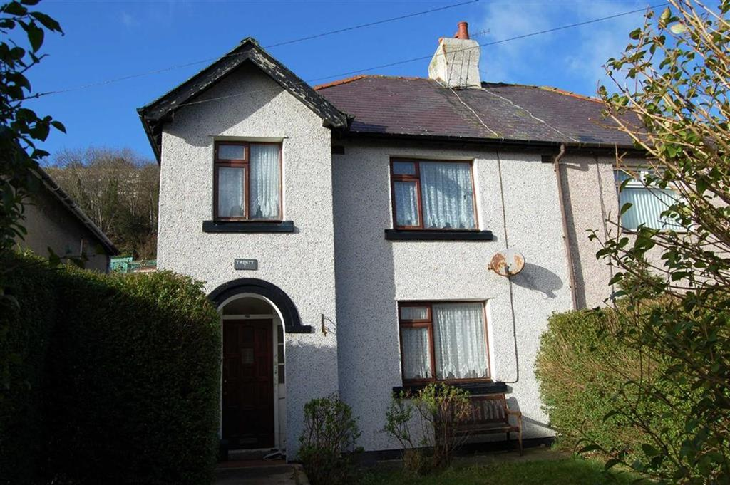 3 Bedrooms Semi Detached House for sale in Llwynon Road, Gt Orme, Llandudno, Conwy