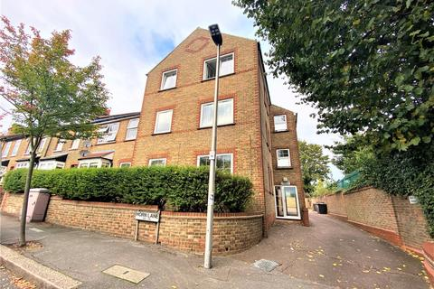 2 bedroom property to rent - Horn Lane, Woodford Green IG8